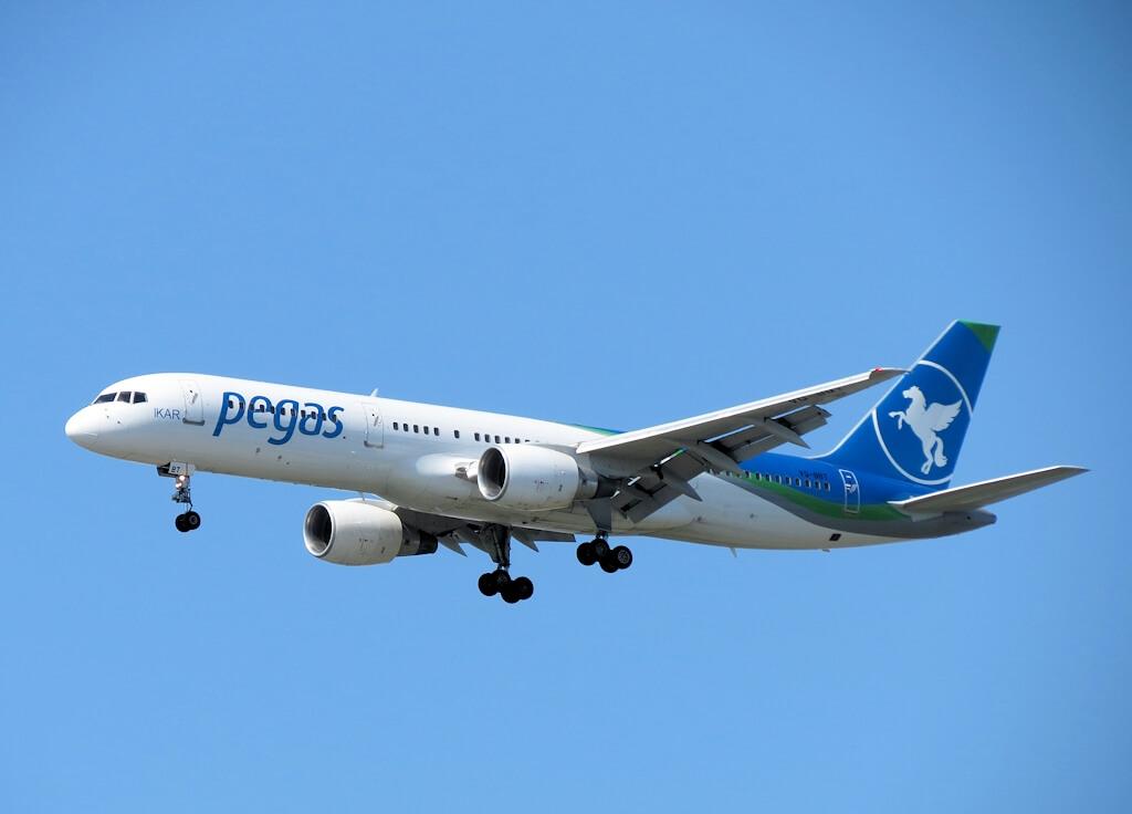 Самолет туроператора Pegas Touristik