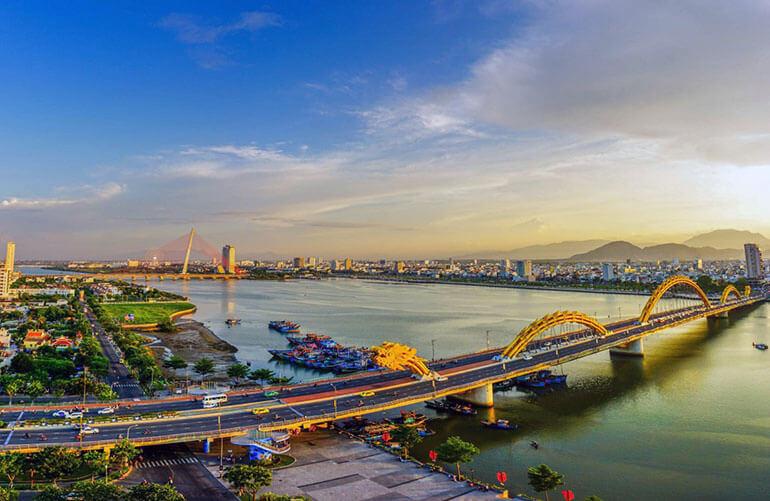 Мост Дракон на реке Хан, Дананг